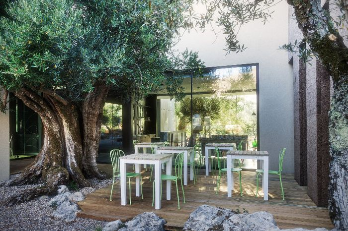 Reserve Cooking & Nature Emotional Hotel hotel agora!