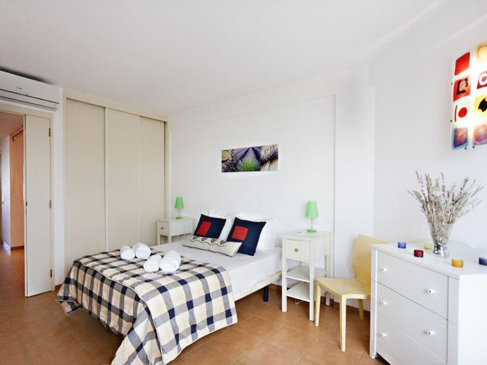 Reserve Golden Style Apartment by My Choice hotel agora!