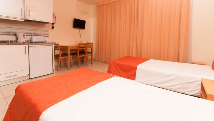 Reserve Studio 17 by Atlantic Hotels hotel agora!